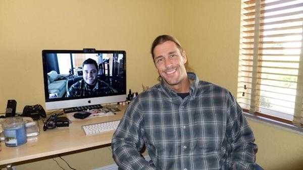 @MichaelManna (aka: Stevie Richards for your wrestling fans) and his T4show.com co-host (seen on the monitor) Josh Coleman spot their  Scottevest Snap Front shirts.