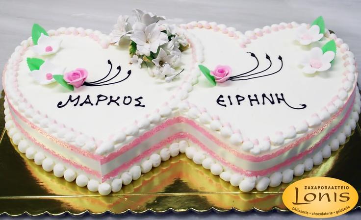 Τούρτα αρραβώνων σε σχήμα καρδιάς #wedding #cakes
