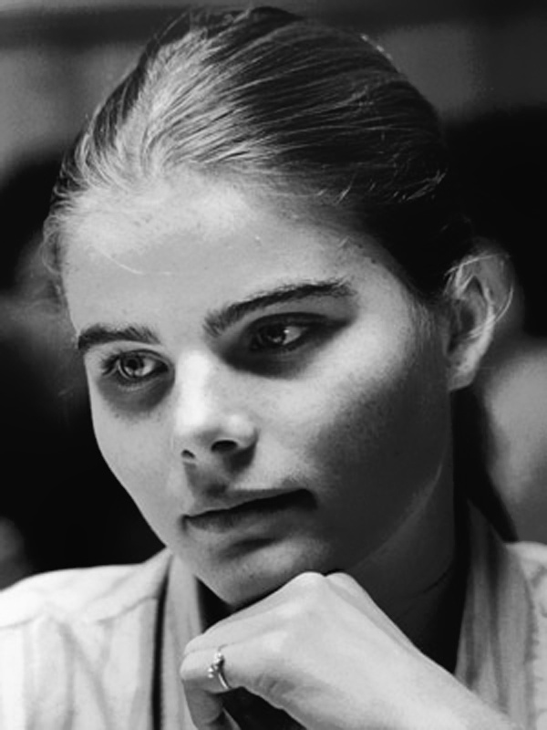 "A youthful Mariel Hemingway. ""Tracy's face..."" Manhattan"