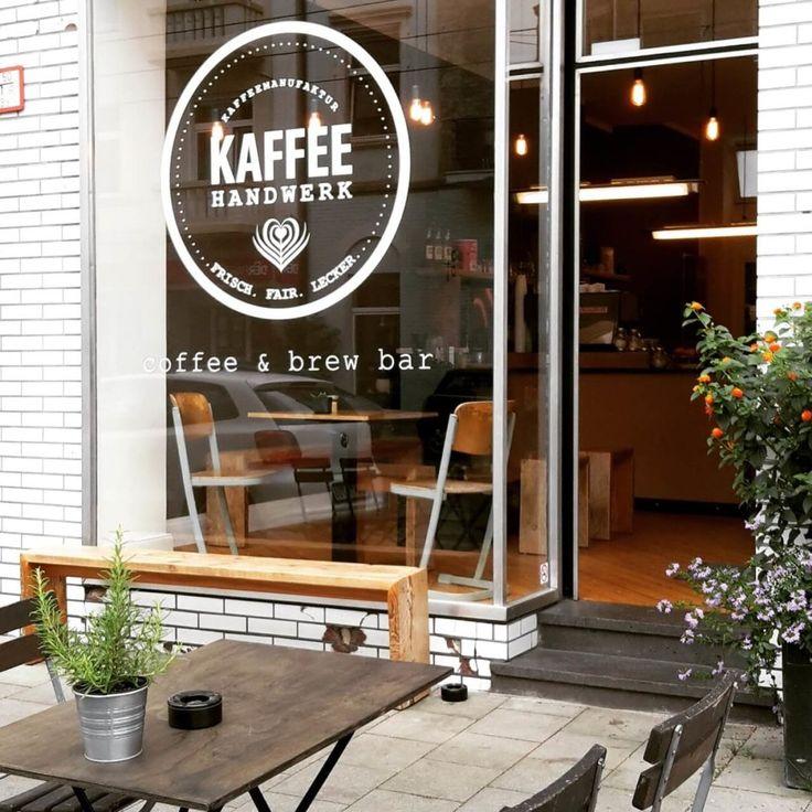 Kaffeehandwerk is a coffee & brew bar in Düsseldorf-Flingern, Germany. Try the amazing coffee with the homemade cheesecake.