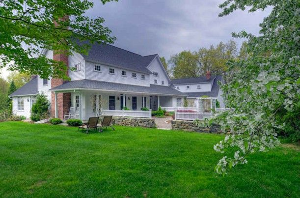 Country Cape for sale in Connecticut--love, love, love!