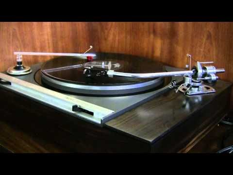 Bobby Hatfield - Ebb Tide (1965 HD Vinyl Version - Righteous Brothers; best playback is 720p)