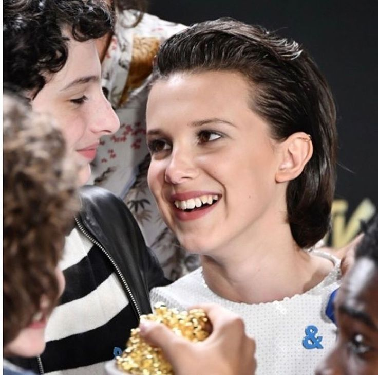 Stranger Things - I love this picture of Millie and Finn, they are so cute!