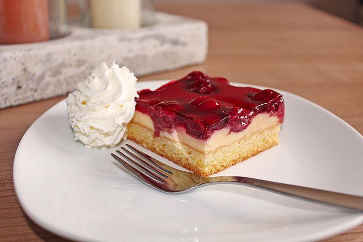 Kirsch - Schmand - Blechkuchen, ein schmackhaftes Rezept aus der Kategorie Frucht. Bewertungen: 857. Durchschnitt: Ø 4,6.