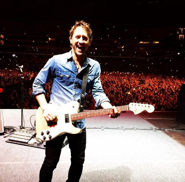 Chris Shiflett - awesome shot!
