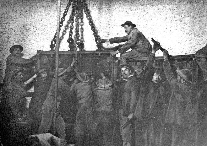 Mijnwerkers aan de slag in Winterslag 100 jaar geleden.