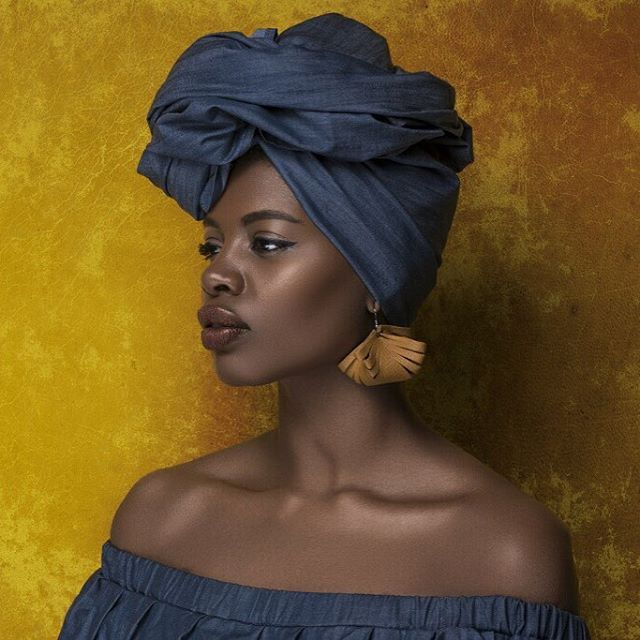 """allopaola: """"If I were a fruit, I'd be a pineapple. (For various obvious and not so obvious reasons.) #findingpaola #paolalostinnewyorkcity #fanmdjanm #beingpaowerful • Photo by my wonderful friend and creative partner @islandboiphotography Shop..."""