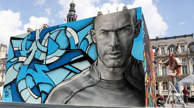Eurocopa 2016: increíbles murales de cracks se exhiben en París