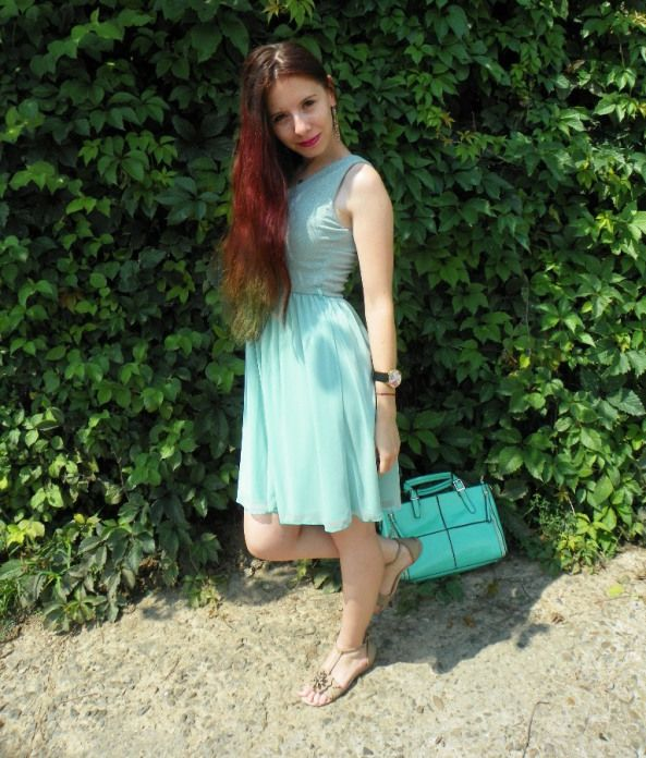 Mint dress and bag @justfor5poundss