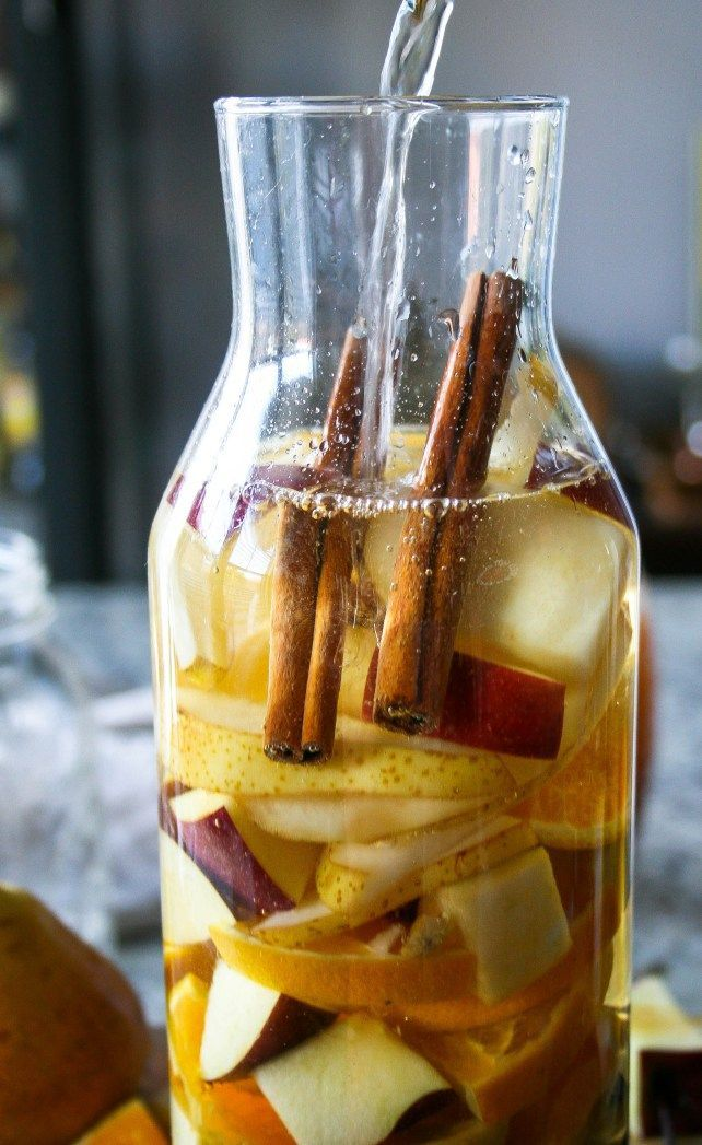 pears, apples, cinnamon, oranges, and honey combine with white wine to create a fruity fall sangria with a hint of warm spice. cheers!