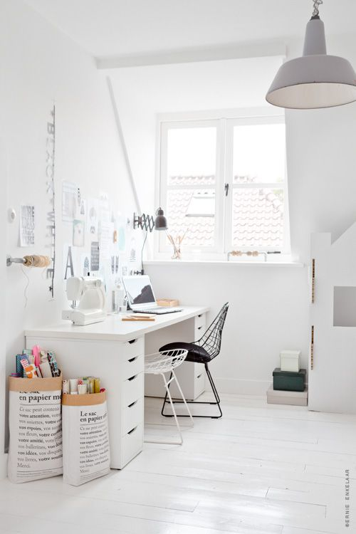 crafty corner: Crafts Rooms, Paper Bags, Interiors, Studios Work Spaces, Workspaces, Design Home, White Wall, Home Offices, Wraps Paper Storage