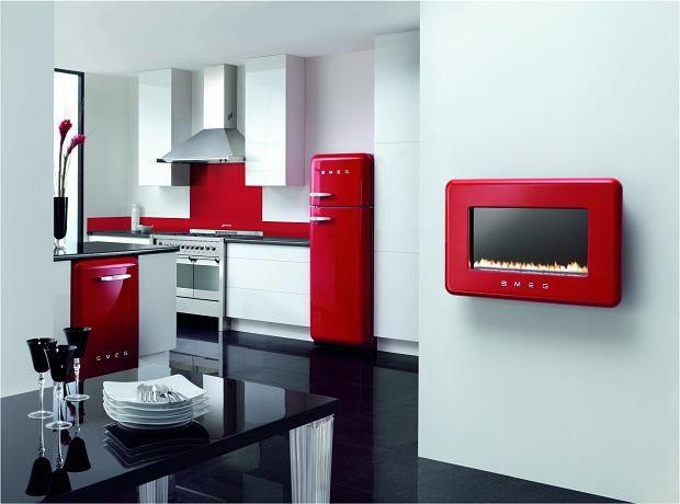 Produkty Smeg W Stylu Lat 50 Swietnie Odnajduja Sie Rowniez W Nowoczesnej Kuchni Retro Kitchen Appliances Kitchen Design Color White Modern Kitchen
