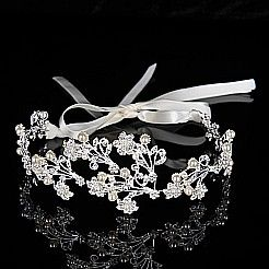 Mottle-leaf Patterned Headband Detailed with Rhinestones and Pearls