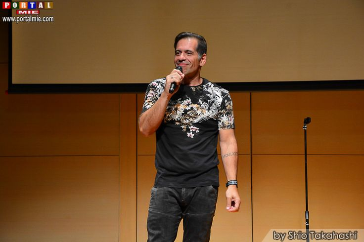 Stand Up Comedy 2016 Parte 3 em Kariya Última apresentação do Stand Up Comedy 2016 parte 3 no Sanguio Shinko Center localizado em Kariya (Aichi).