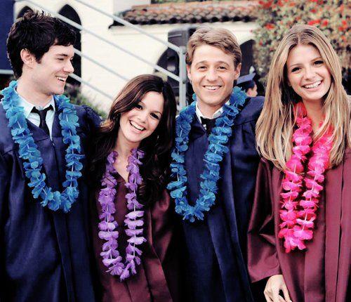 Seth, Summer, Ryan, and Marissa LOVE LOVE LOVE THE OC
