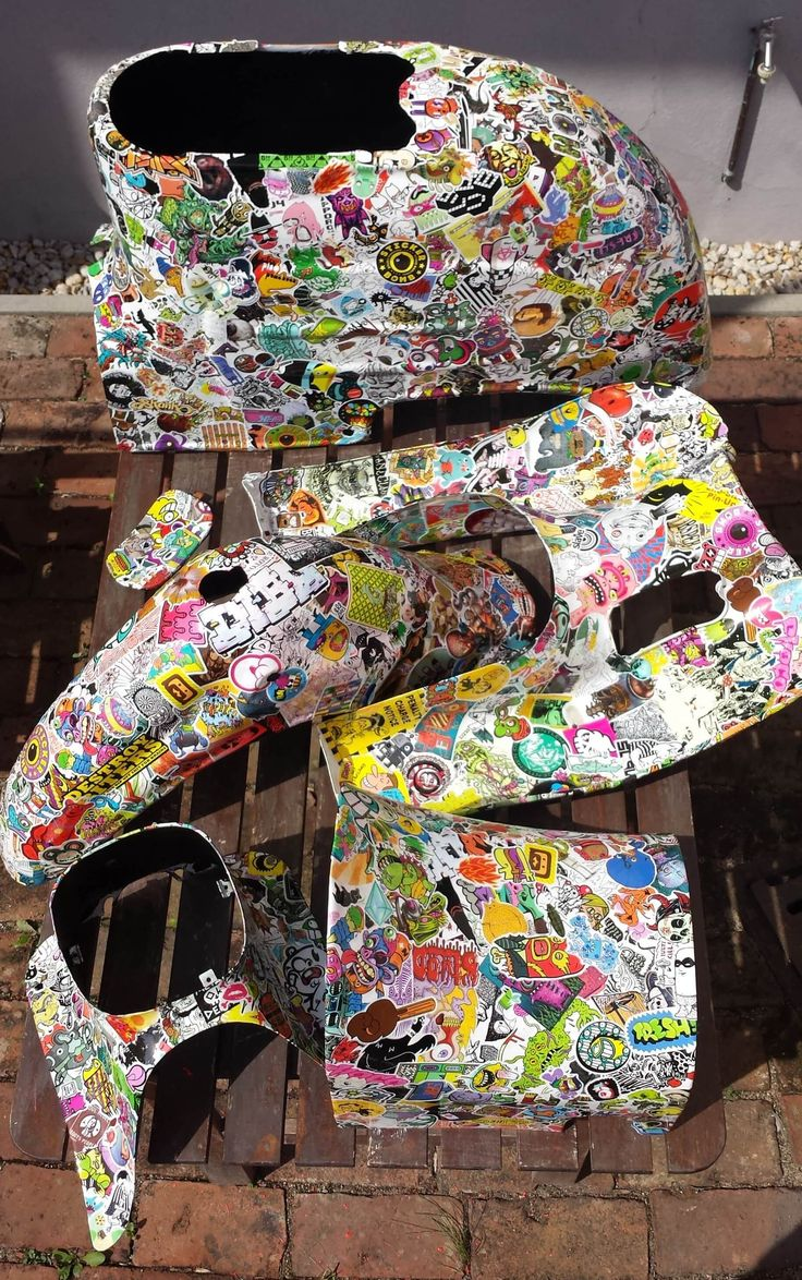 Audi r8 partial car wrapping sticker bomb stickerbomb by - Stickerbomb Schwalbe Blechkleid In Einzelteilen
