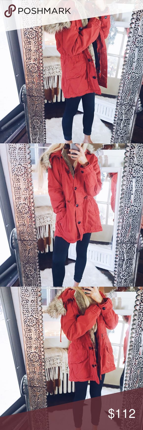 True Red Parka Anorak Winter Coat/Jacket Fur Trim Adjustable waist  Removable fur trim Fur trim has small tear (unnoticeable when on) from unbuttoning I️t too fast $198 originally Removable lining  Super warm and cozy True red! More vibrant in person Made in Indonesia Holiday/seasonal/Jacket/coat/parka/anorak GAP Jackets & Coats Utility Jackets