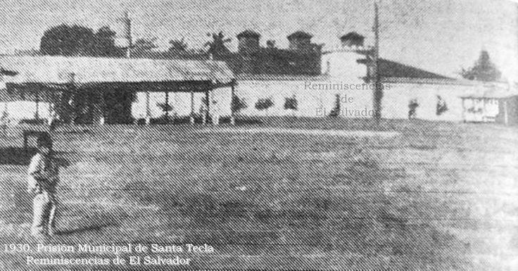 Antigua Cárcel Municipal de Santa Tecla ahora   Museo Municipal Tecleño  Construido entre 1901 y 1902  por el Arq. José Jerez .- El inmueble ha tenido cuatro usos  Cárcel Municipal, (desde su construcción fue pensado para albergar a unos 25 reos, pero en el transcursos del tiempo la demanda aumentó creando hacinamiento en sus celdas) En la década de 1980 fue cárcel para reos políticos de El Salvador Posterior a los Acuerdos de Paz de Chapultepec, fue salón de clases de la ANSP