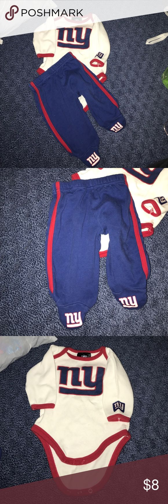 NFL Giants NY two piece outfit NFL apparel 0/3 months nfl Matching Sets