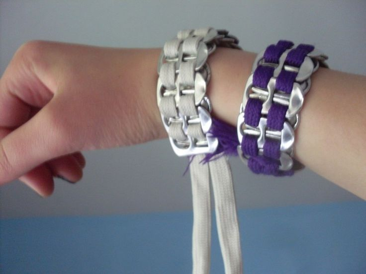 How to make a pop tab bracelet. Can Tab And Shoelace Bracelet - Step 4