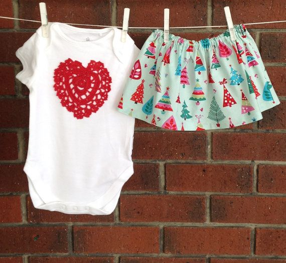 Baby girl XMAS skirt and bodysuit christmas by TwoBlackRabbits