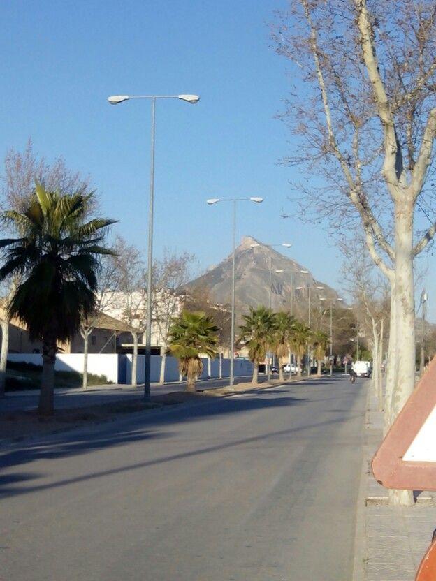 Sierra del Buey desde Avenida de la Libertad. Jumilla.