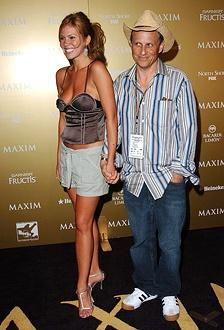 Nikki Cox and Bobcat Goldthwait
