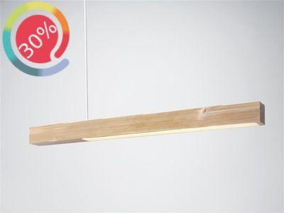 Lampada Blasted di And Tradition - Un ramo volante, un unico pezzo di legno sospeso per dare la giusta atmosfera alle vostre cene in famiglia e con gli amici. Disponibile in colore pino naturale. Unico pezzo disponibile. € 174,00 invece di € 249,00 - sconto 30%