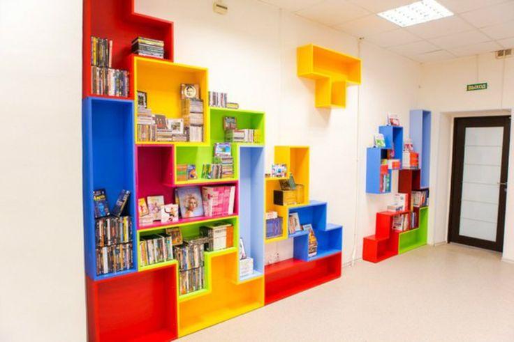 Современная библиотека с петербургскими традициями.