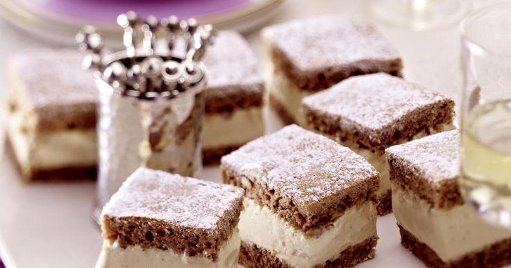 Walnut Cake with Mascarpone Cream