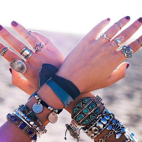 Details Of the Week: Boho Style!    por Yasmin Christe | Finíssimas Fashion       - http://modatrade.com.br/details-of-the-week-boho-style