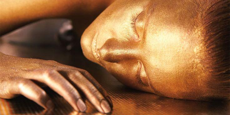 Oro el metal precioso en los tratamientos de belleza - http://bit.ly/1QMYDR7