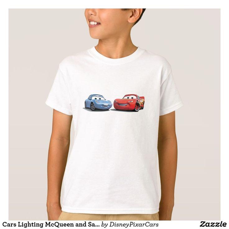Cars Lighting McQueen and Sally Disney. Producto disponible en tienda Zazzle. Vestuario, moda. Product available in Zazzle store. Fashion wardrobe. Regalos, Gifts. Trendy tshirt. #camiseta #tshirt