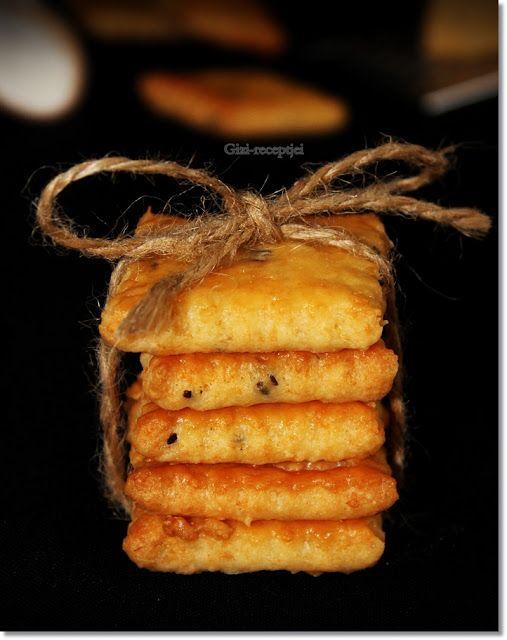 Gizi-receptjei. Várok mindenkit.: Sajtos-sós keksz.