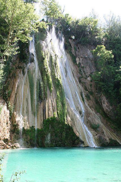 Uçansu waterfall in Antalya province, southern Turkey (by lotus).