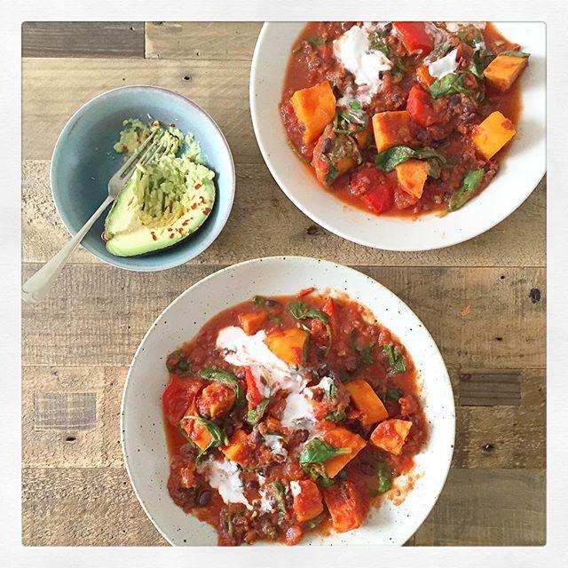 Mediterranean Vegetable Spaghetti | Deliciously Ella