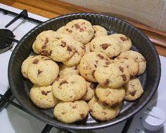 Biscotti con gocce di cioccolato senza uova e senza burro