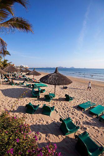 Playa Mazatlan, Mazatlan, Sinaloa, Mexico | Douglas Peebles
