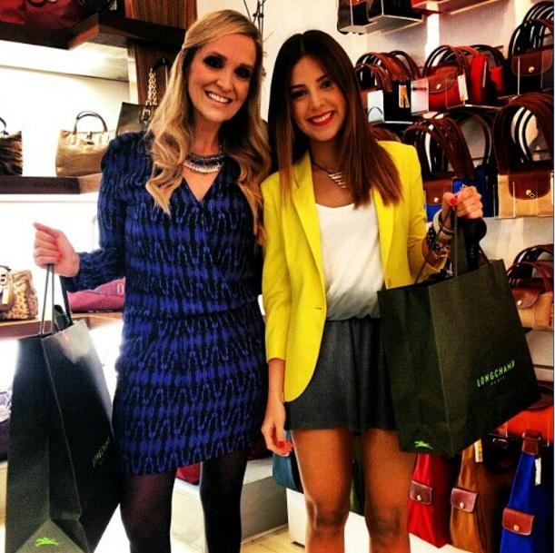 Sheryl Rubio sabe como llevar el #EstiloMelao vestido tie dye+ Blazer
