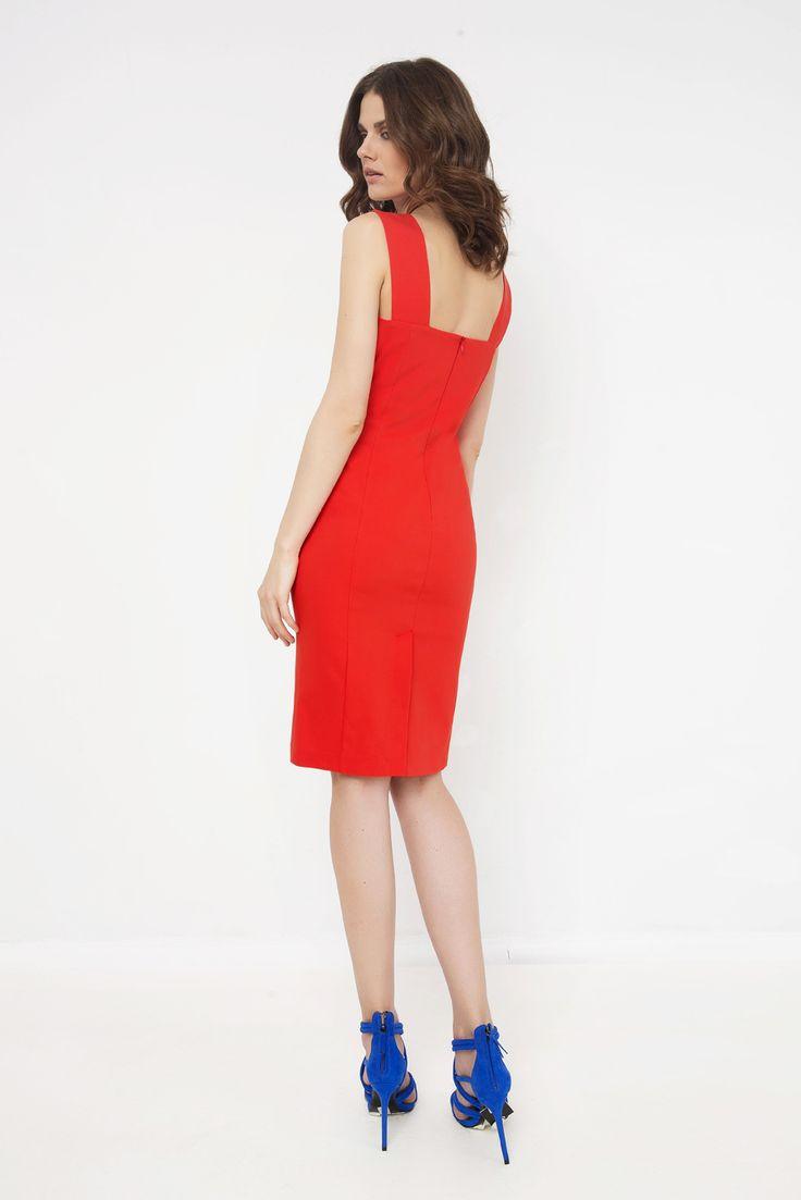 Φόρεμα με σχέδιο Χ στο μπούστο και φαρδιές τιράντες πίσω