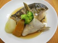 ぶりかまの煮付け(冬瓜、かぼちゃ付き) - 20130917