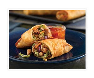 who doesn't like egg rolls?? These are homemade and baked which makes them like 10x healthier right?!