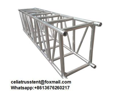2019 的 heavy duty spigot truss,600mm x 760mm specification