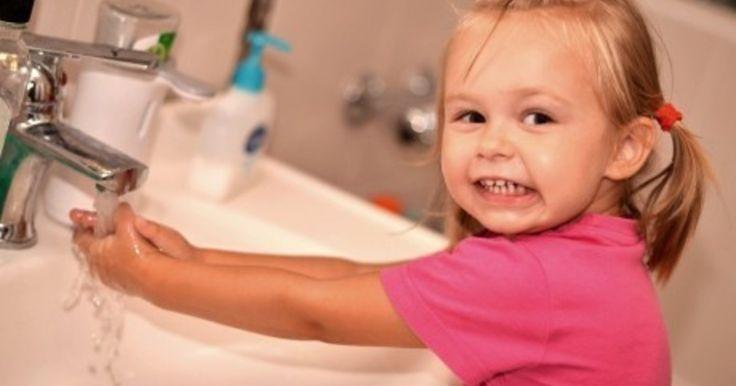 Роскачество изучило 31 образец наиболее популярного на российском рынке детского туалетного мыла. Треть исследуемой продукции оказалась высококачественной. Она соответствует даже требованиям опережающего стандарта Роскачества. Однако есть на отечественном рынке и товары, которые производят с нарушениями.