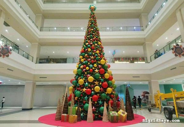 Ayala Malls Capitol Central In Bacolod Bacolod Holiday Decor