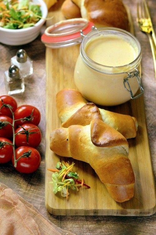 Tejfölös kifli recept