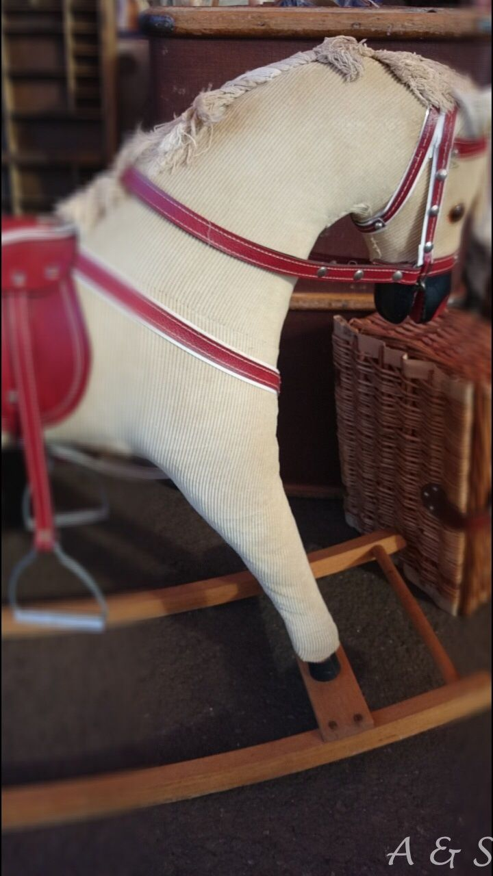 Vintage rocking horse, Voortrekker Monument Antique Fair