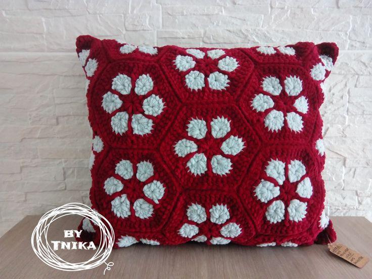 Cute pillow AFRIKAN FLOWER II . Crochet, Háčkování