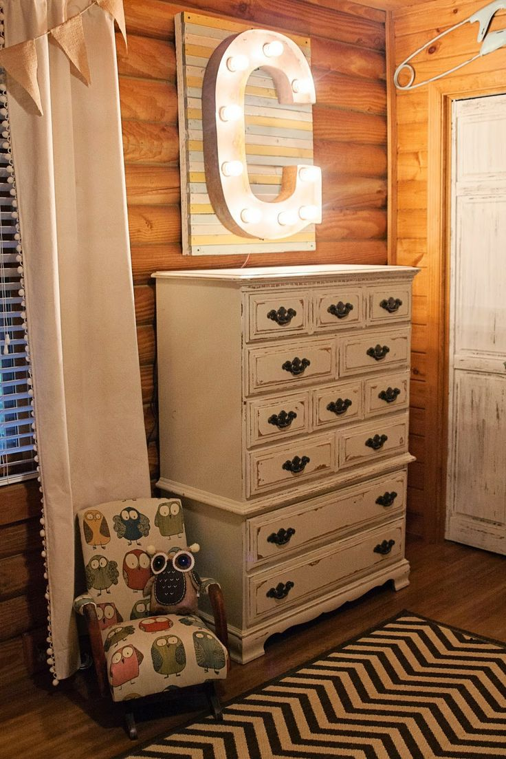 Southern Priss Designs: Rustic Baby Nursery