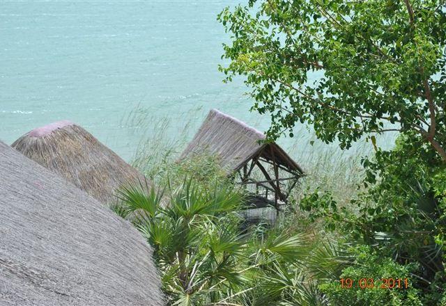 LaGoa Eco Village Lodge